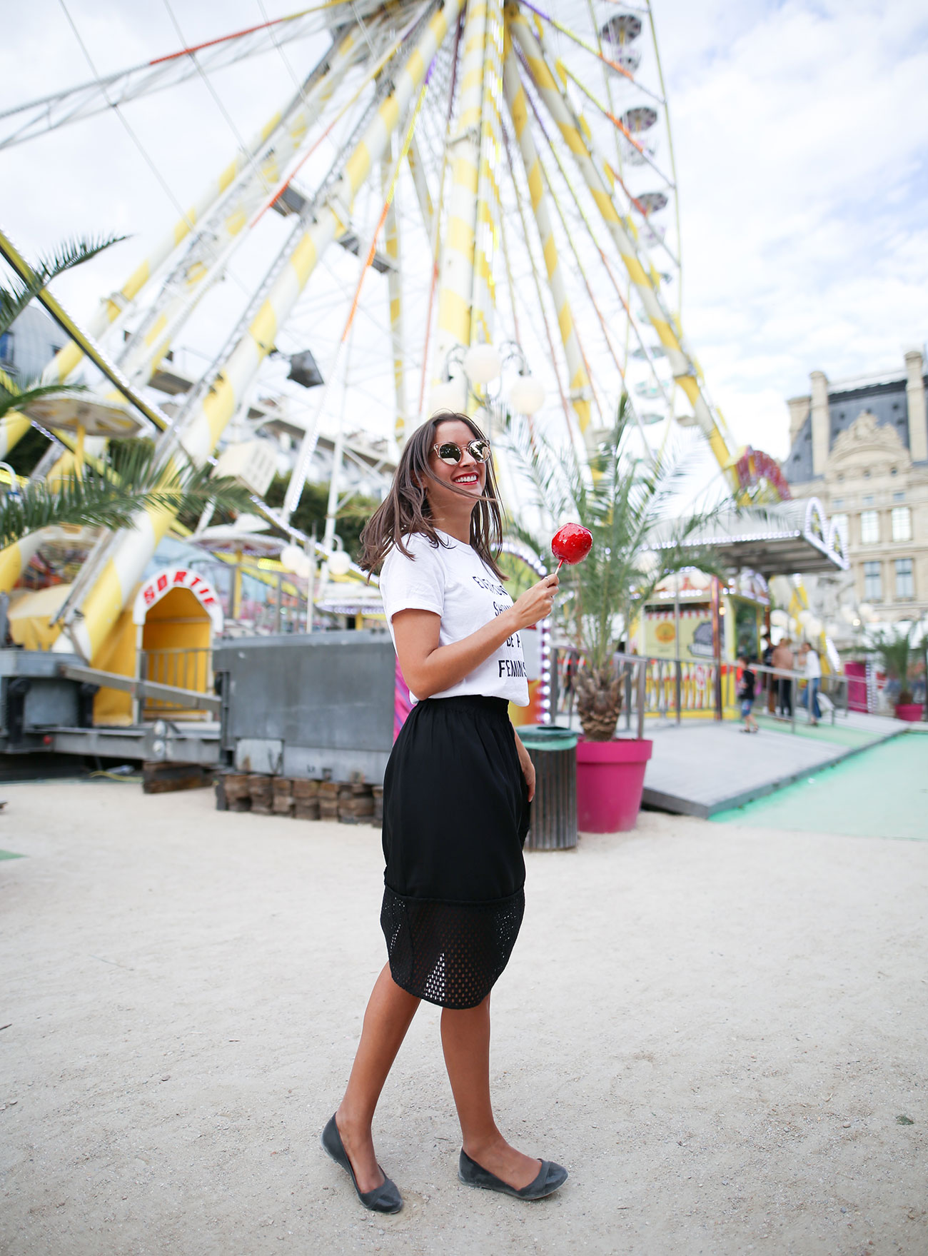 eat life with style, christian louboutin, loubilaque, rouge à lèvres, makeup, maquillage, fête foraine, paris, jardin des tuileries